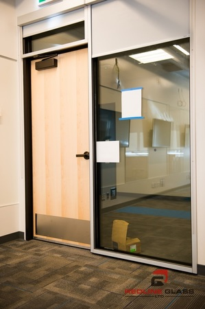 uvic glass window glassroom door installation product